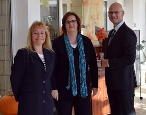 Domizil-Geschäftsführerin Katja Donnay, Kerstin Griese MdB und Geschäftsführer Frank Behrend.