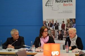 Der Leiter der Stasi-Unterlagenbehörde Roland Jahn, Kerstin Griese MdB und Angela Marquardt.