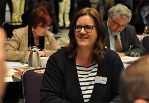 Kerstin Griese freut sich über ihre Wahl in den Rat. (Foto: EKD)