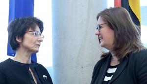 Die belgische EVP-Politikerin Marianne Thyssen und Kerstin Griese. (Fotos: Bundestag/A. Melde)