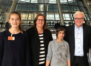 Maline Spenner, Kerstin Griese, Arin Ali und Frank-Walter Steinmeier.