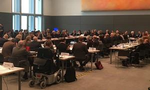 Viel Publikum bei der Sachverständigenanhörung des Ausschusses für Arbeit und Soziales.