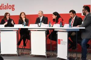 Kerstin Griese, Aydan Özoğuz, Bekir Alboğa, Lamya Kaddor, Aiman Mazyek und Atila Ülger.