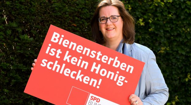 Plakat der SPD: Bienensterben ist kein Honigschlecken