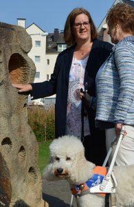 Kerstin Griese, Marion Höltermann, Blindenhund Farah
