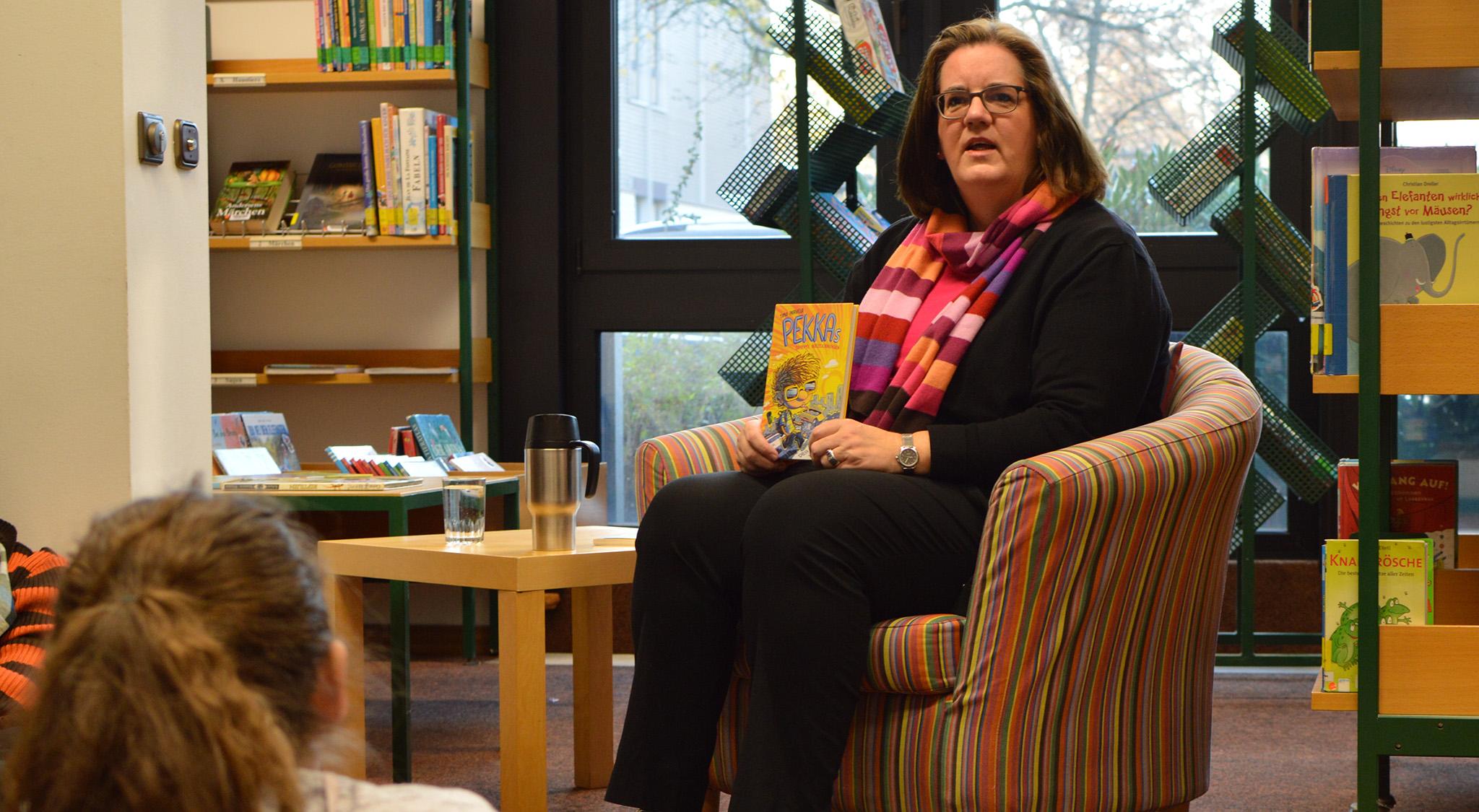 Kerstin Griese liest vor.