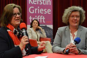 Kerstin Griese im Gespräch mit Petra Kammerevert.