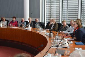 Kerstin Griese erläutert aktuelle gesellschaftspolitische Themen