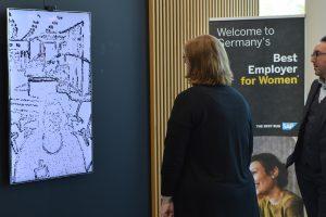 Digitale Kunst im SAP-Foyer